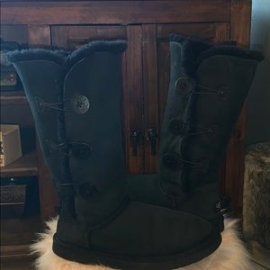 Ugg Australia triplet button tall boots sz 9 us